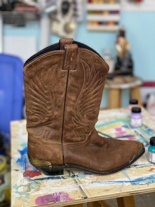 giving old boots new life with angelus leather paint
