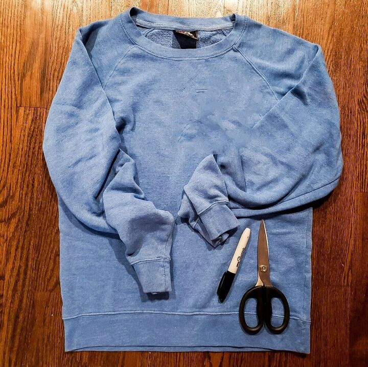 how to distress an old sweatshirt