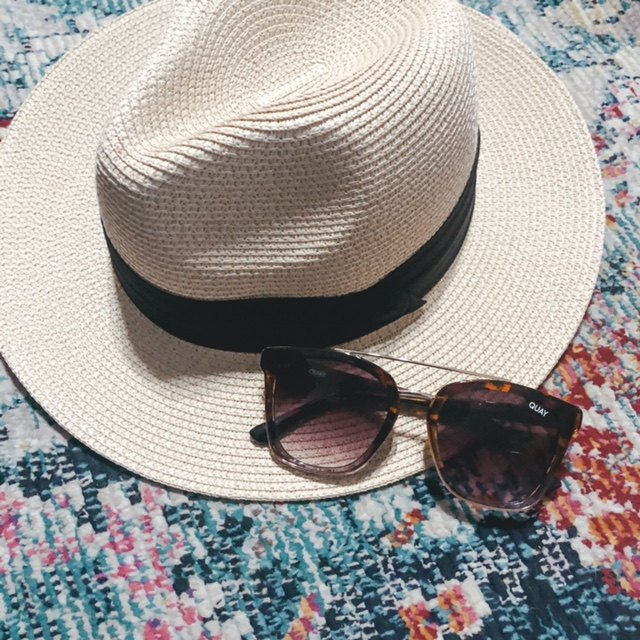 sunglasses every girl needs for summer