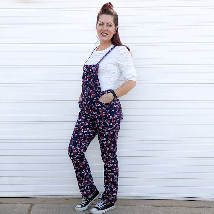 turn trousers into overalls with a removeable bib
