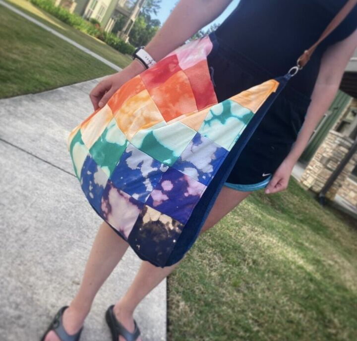 make a tie dye quilted beach bag out of t shirts