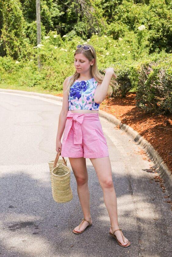 how to wear a modest crop top