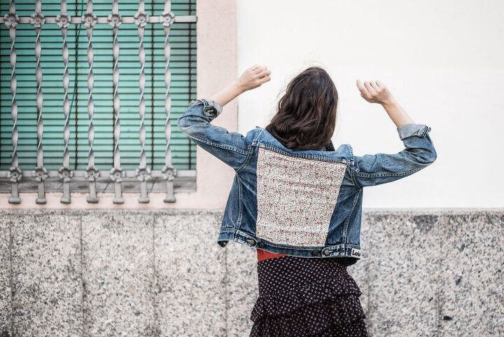 diy upcycle your denim jacket with some fabric