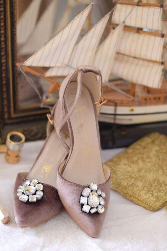 bedazzled shoe clips diy