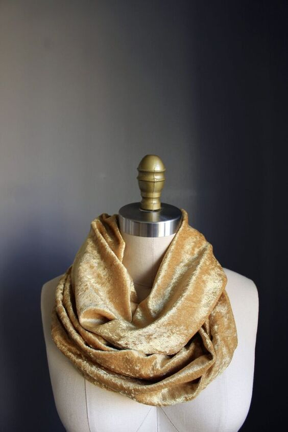 how to sew a velvet loop scarf in under 20 min